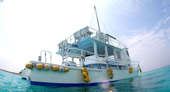 シュノーケリングボート
